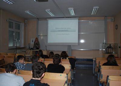 """Wykład otwarty pt. """"Matematyczne opisy rzeczywistości"""" - dr Joanna Napiórkowska-Sitko"""
