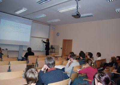 """Wykład prof. dra hab. Witolda Kosińskiego """"Jak rozwiązać równanie A X=C dla zmiennych rozmytych?"""""""